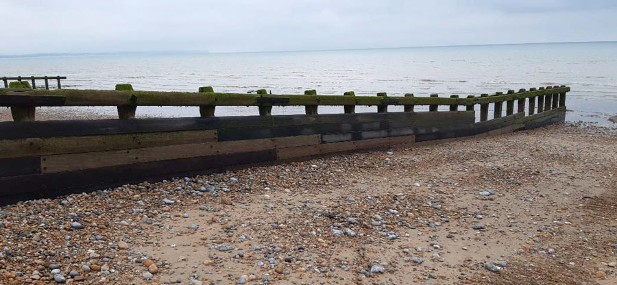 General appearance of research groyne GP10: updrift elevation